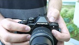 Olympus E-M10 II design and handling overview